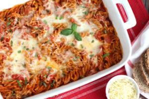 5 ingredient pizza pasta bake