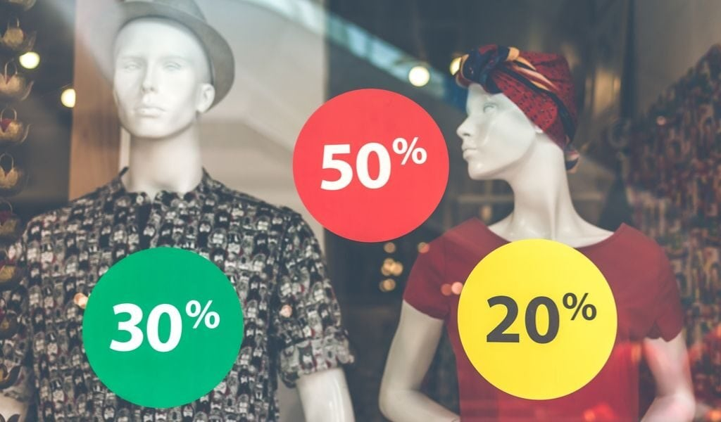 mannequins and percentage signs